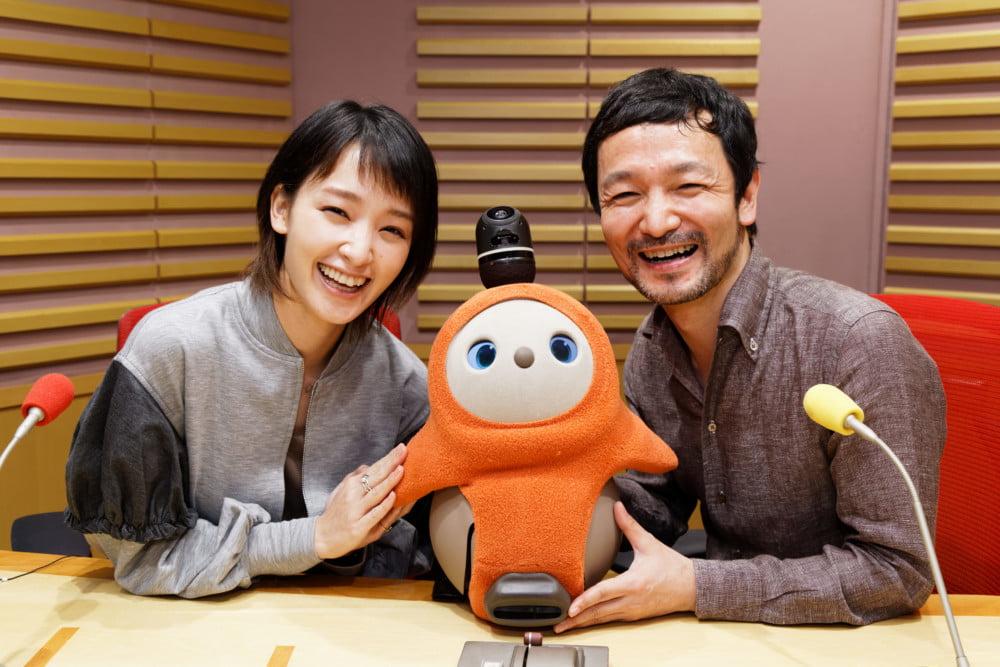 """ロボットが""""精神的な""""サポートをする時代。 教育や福祉の現場で活躍する家族型ロボット『LOVOT』 が作る ロボットと人の未来。"""