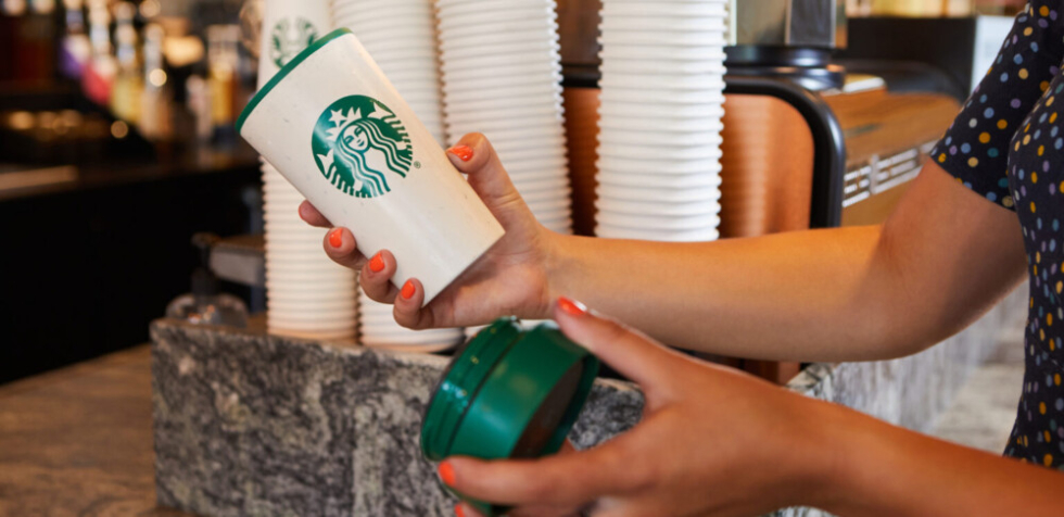 米国スターバックスで新たな試み! 8月3日(火)からパーソナルカップの使用で1ドルの寄付制度を導入